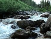 водопад горной реки