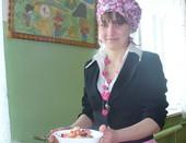 Настя - повар