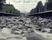 дорога, сохранившая тепло поезда.