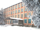 Моя школа зимой.